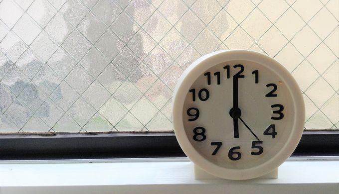 18時の時計