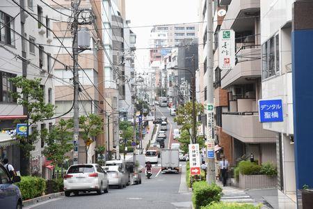聖橋から文京病院までの坂道