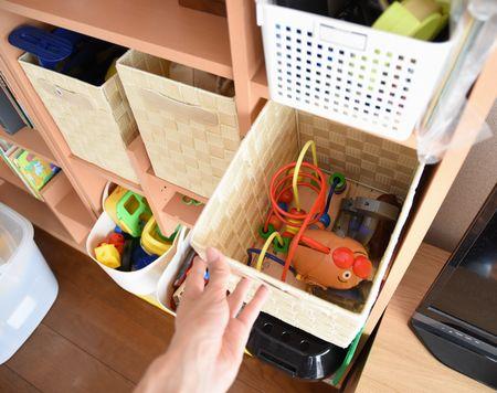 カラーボックスのインナーボックスにおもちゃを収納