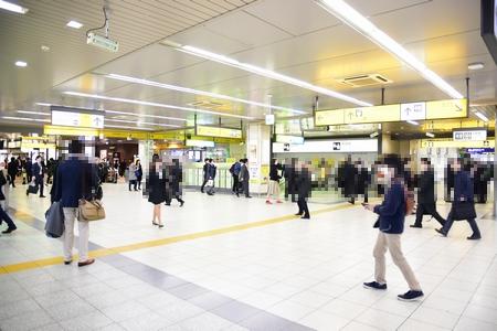 JR浜松町駅エレベーターを3階(乗換・改札階)の様子