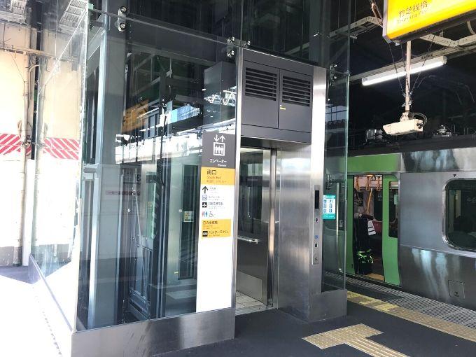JR浜松町駅エレベーター(ホームから3階改札へ)